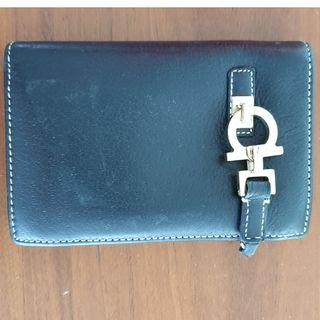 🚚 Salvatore Ferragamo - Black Leather Wallet
