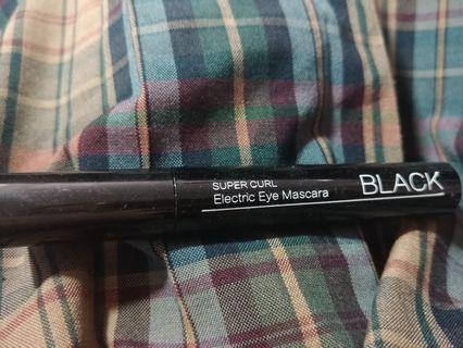 🚚 黑色睫毛膏