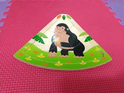 Puzzle kayu gorilla