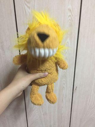 🚚 獅子牙齒娃娃