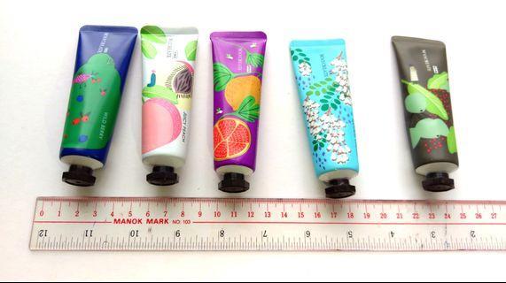 潤膚護手霜hand cream多味道香味滋潤冬天 皮膚乾燥保濕保養美容產品