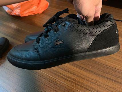 Lacoste 皮革休閒鞋