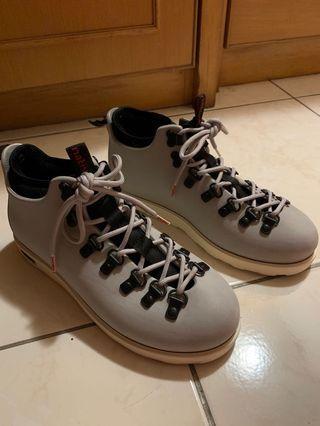 Native 登山鞋 防水