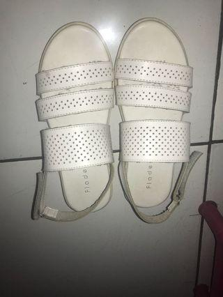 Fladeo sandal