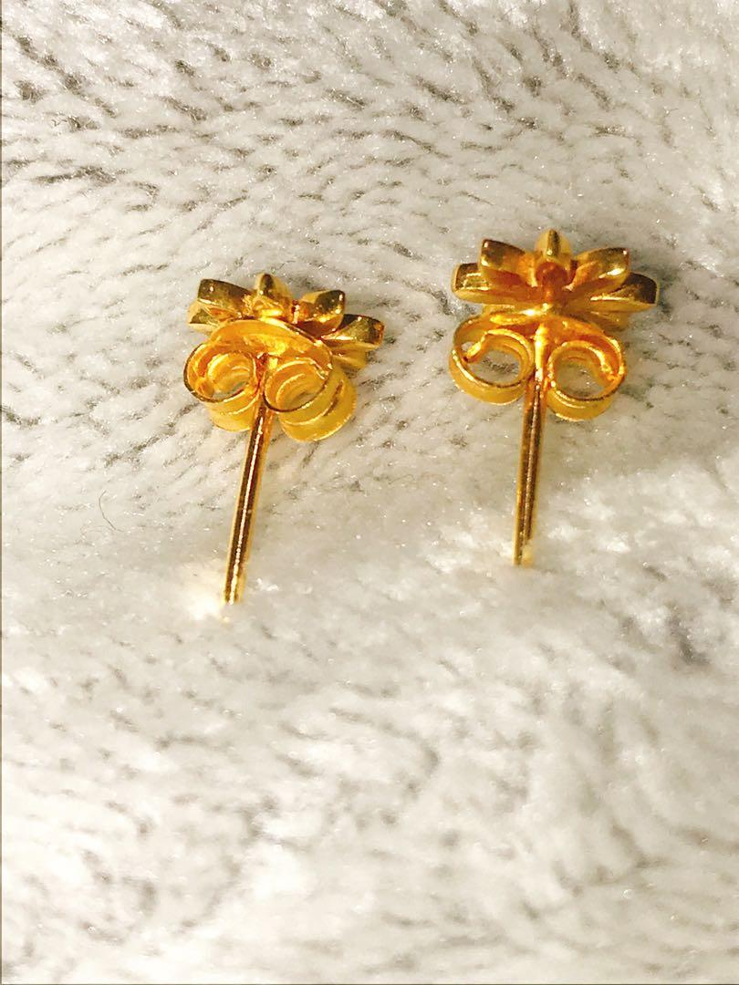 21k solid gold earrings New  pick up from Derry Rd W, Mississauga, On