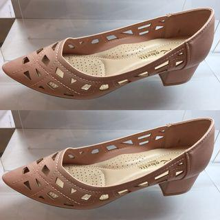 Robelli Shoes