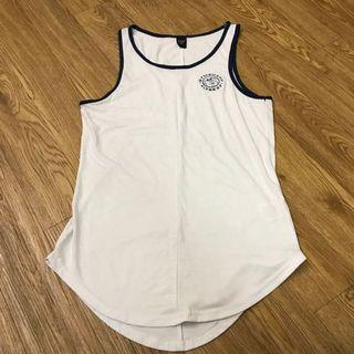 🚚 Authentic Gym Shark Singlet