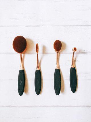 BN Oval Makeup Brush Toothbrush Artis