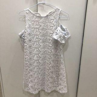 Zara純白洋裝