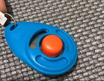 🚚 Clicker for training cats and dogs