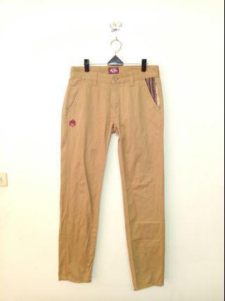 🚚 32腰 BIG TRAIN 赤青 卡其色 長褲 (190407)