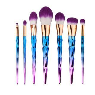 🚚 BNIP 7 Mermaid Rainbow Makeup Brushes