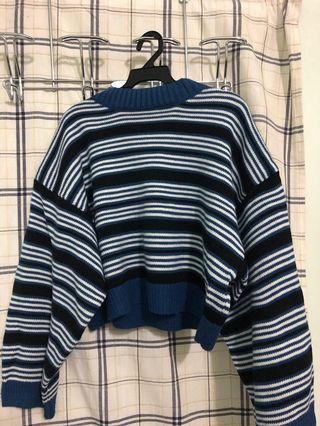 🚚 短版高領藍條紋針織毛衣