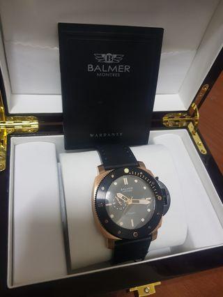 賓馬王機械錶  牌價38000  賣2500