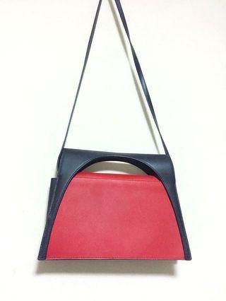 🚚 J.W.ANDERSON moon leather bag 紅藍 個性真皮側背小包
