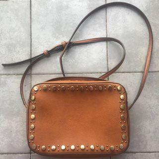 SALE 🎉 Sling Bag Mango