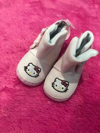 Sepatu baby helokitty prewalker