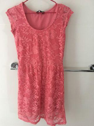 Preloved Dress Lace Salmon Pink
