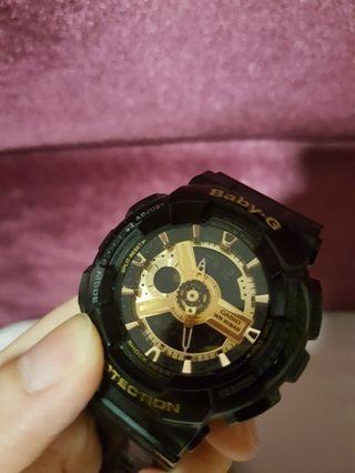 🚚 BLACK AND GOLD BABY G AUTHENTIC WATCH