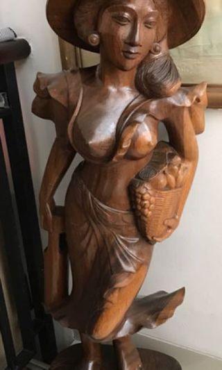 Kayu decor sculpture