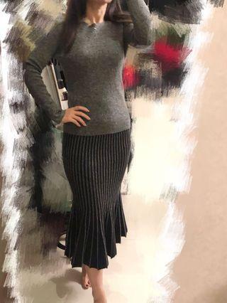 Grey Blue 2 piece sweater set fishtail pleated skirt