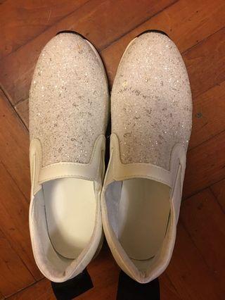 閃片韓國波鞋