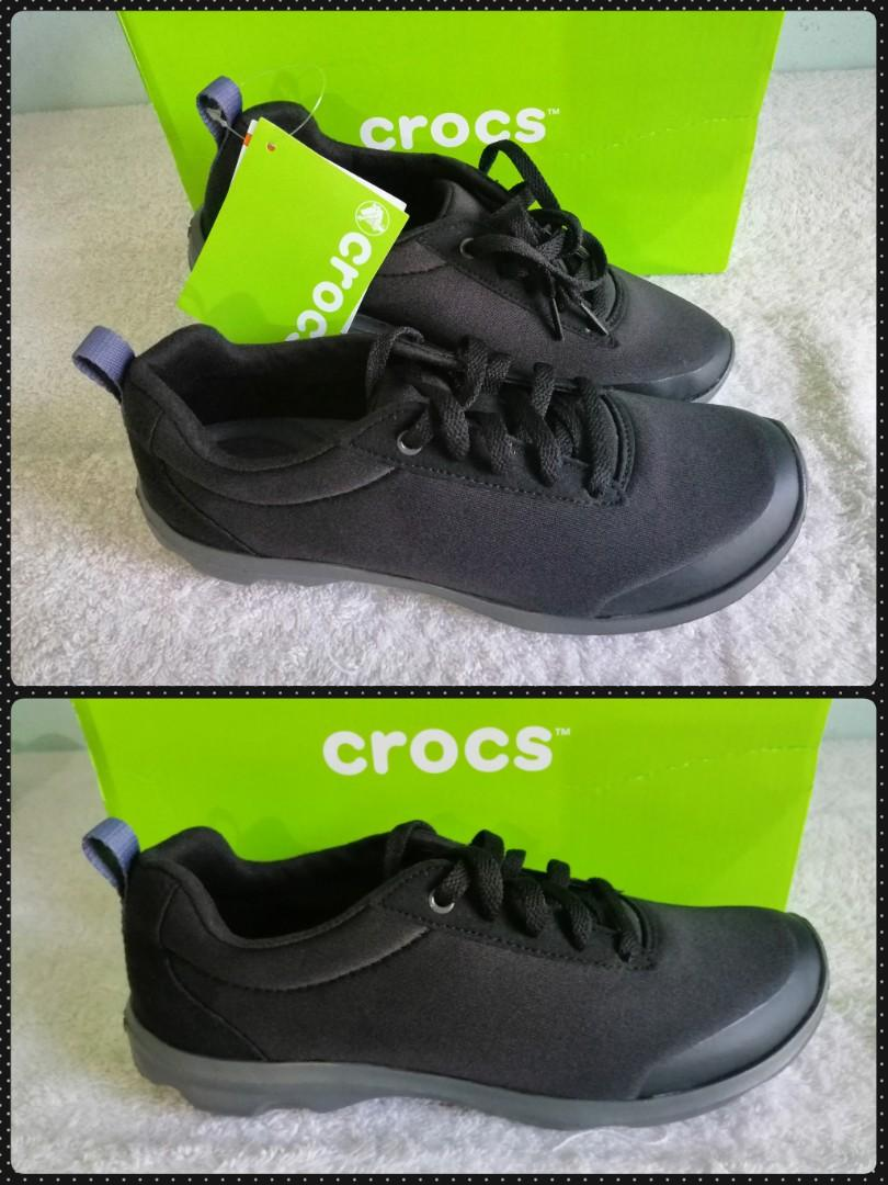 crocs busy day lace up