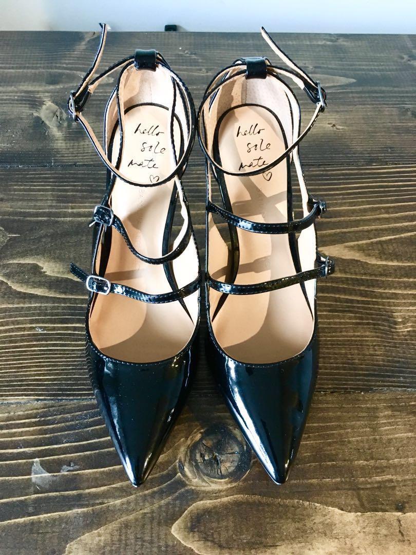 BANANA REPUBLIC new patent leather heels 9