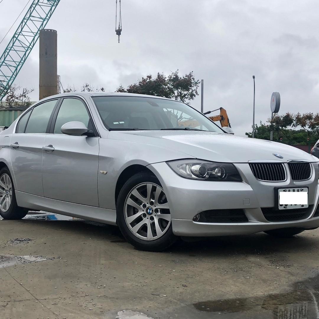 BMW 05年 323 銀 跑16