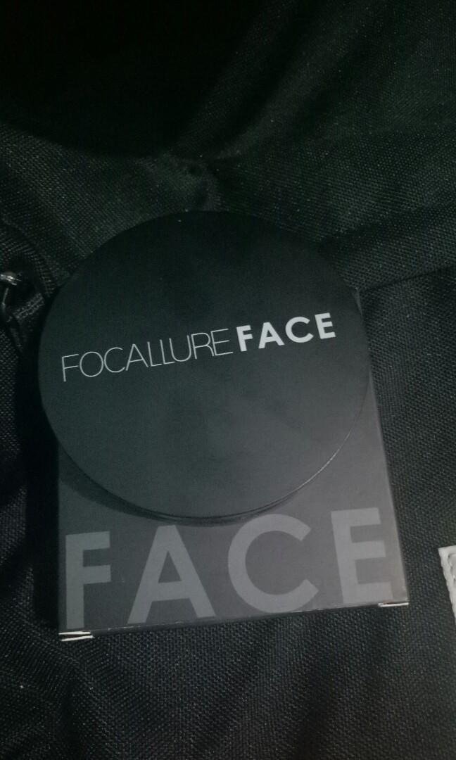 Focallure highlighter dan contour no 2