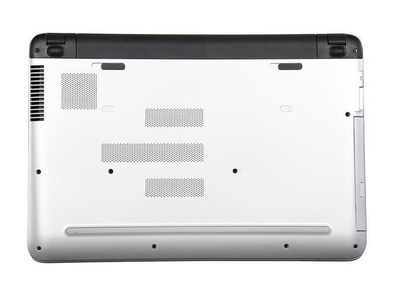 HP Pavilion touchscreen Core i3 5th Gen 5200U (2.0 GHz) 8GB RAM gaming laptop