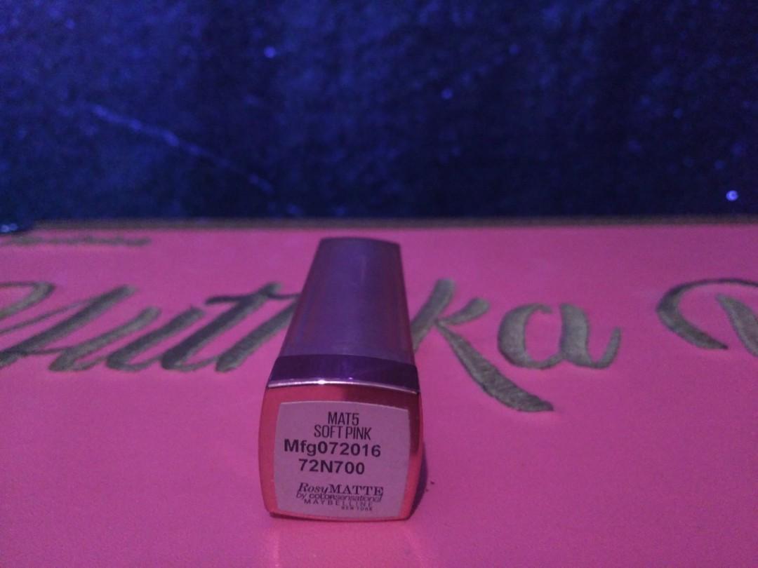 Maybelline matte lipstick
