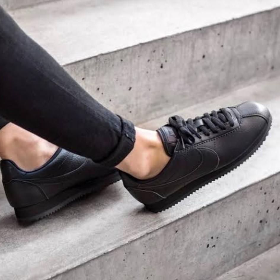 Nike Cortez Triple Black, Women's