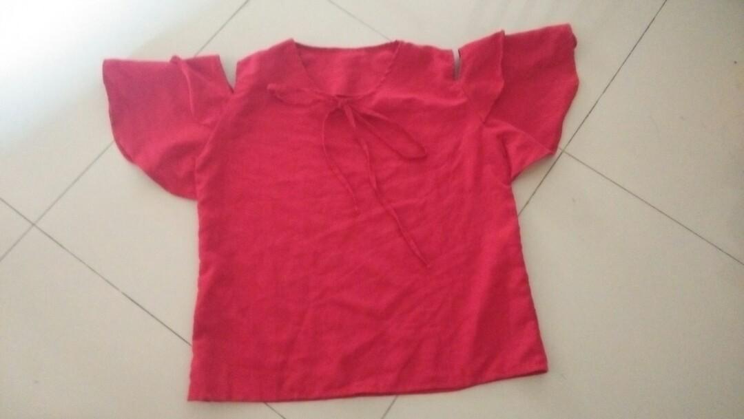 Sabrina Top Merah