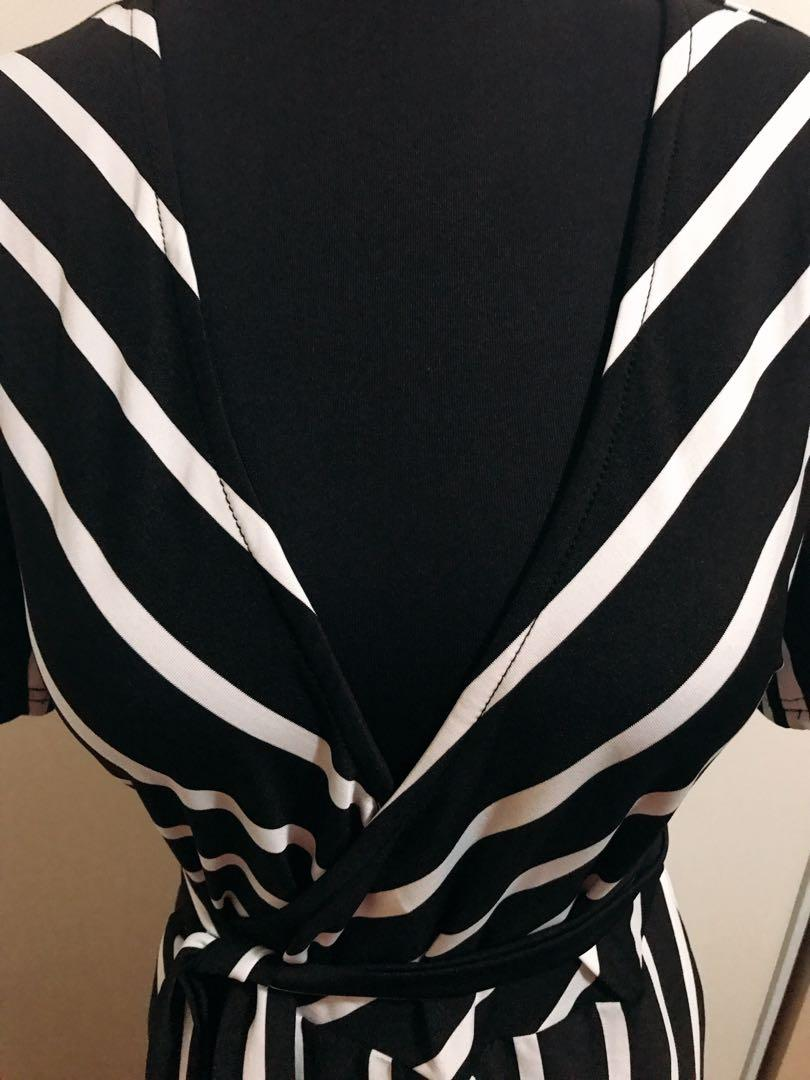 STRIPED LONG DRESS size M  New pick up from Derry Rd W, Mississauga, On
