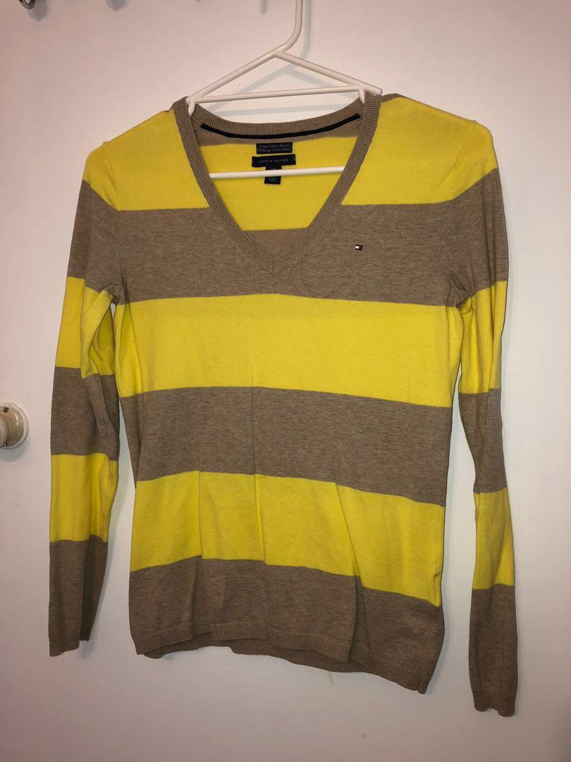 Tommy Hilfiger knitted jumper size small yellow tan brown