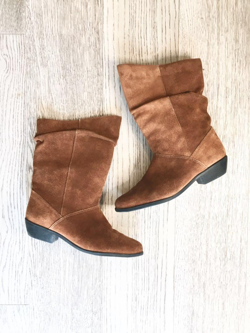 VINTAGE suede ankle boot