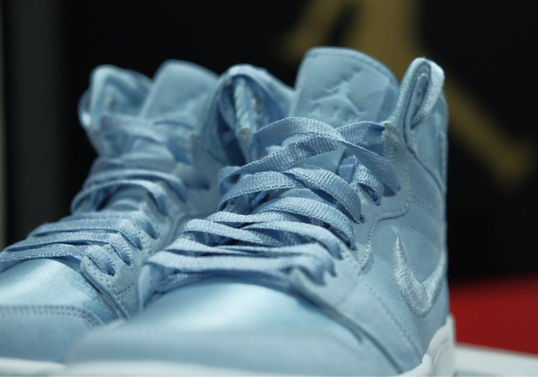 WMNS Air Jordan 1 Retro High Season of Her - Hydrogen Blue
