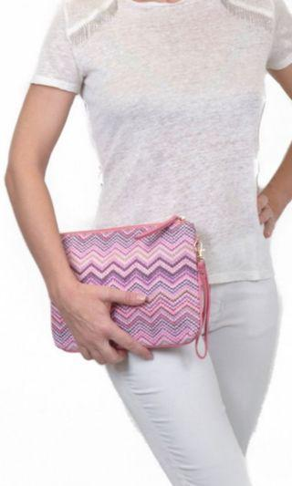 Makaron's zigzag pouch