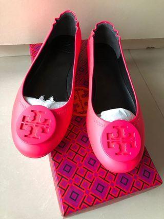 🚚 Tory Burch Neon Pink Flats