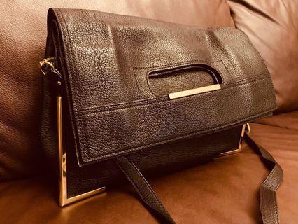 3.1 Phillip Lim黑色手袋