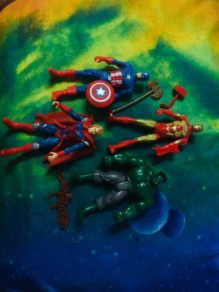 Mainan 4 hero Avanger