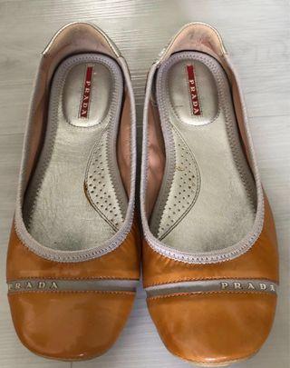 🚚 Authentic Prada shoes