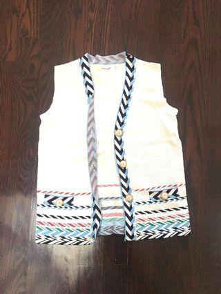 Chinstudio white vest #SwapCA