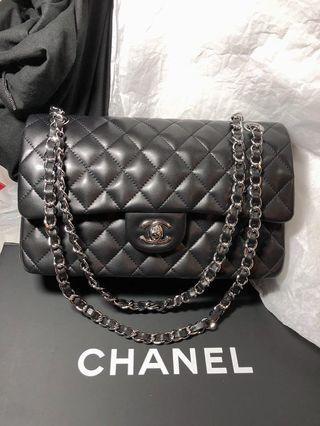 分享Chanel classic flap bag 25cm 水貨