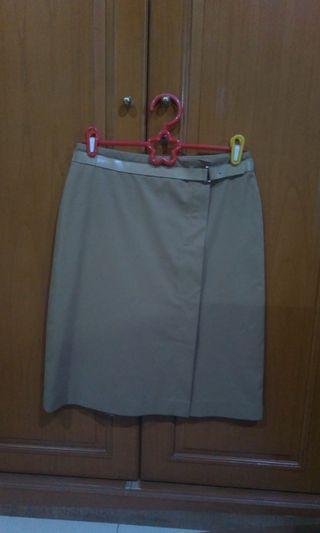 Rok/skirt coklat kantor(ikat pinggang nempel)