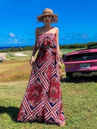 🚚 希臘風格海邊度假兩件式紅色平口洋裝