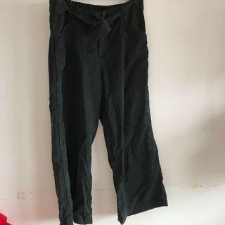 Black flowy culottes