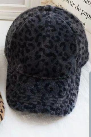 🚚 豹紋可調節帽子