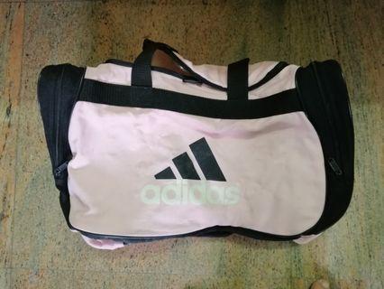 🚚 (price reduced) Adidas sports bag. #EndgameYourExcess